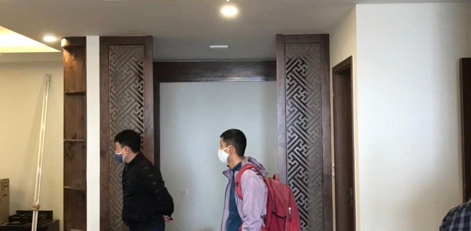 Dự án lắp đặt đèn pha lê cho phòng khách nhà ở chị Hương